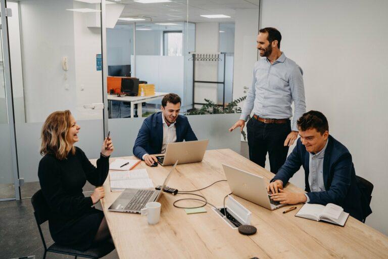 Hoe bouw je een positieve bedrijfscultuur volgens ElmosExpert